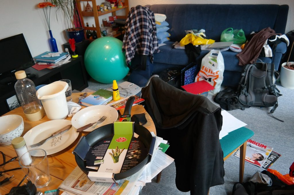 Clutter can overwhelm your senses.